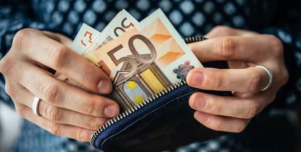 Ανασφάλιστοι μπορούν να παίρνουν 360 ευρώ το μήνα – Η διαδικασία